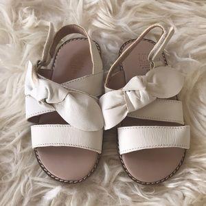 Zara Toddler Girl Sandals - $15 (size 6.5)